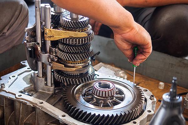 процесс ремонта редуктора